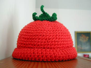 crocheted tomato hat by Deb