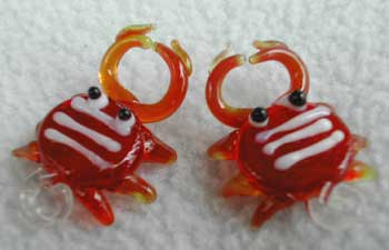 glass crab beads